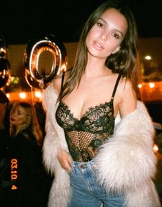 Sexy stuff: Emily Ratajkowski was keen to show off her stunning good looks and sensational...