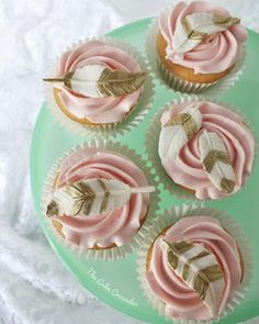 Boho Cupcakes. Feather Cupcakes. Blush and gold