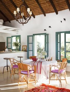 〚 Country home with thatched roof in Spain 〛 ◾ Photos ◾Ideas◾ Design Italian Living Room, Sweet Home, Rustic Italian, Thatched Roof, Interior Decorating, Interior Design, Modern Interior, Decorating Ideas, Design Case
