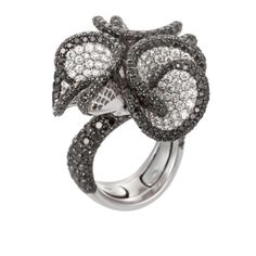 Palmiero Jewelry 18K White Gold Contemporary Diamond Studded Floral Design Ring (=)