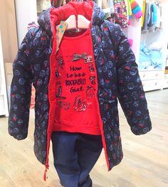 Esta parka reversible con estampado carabelas no puede dejar indiferente a nadie! Todo # boboli - camiseta, plumifero, leggins