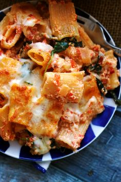 Baked Ziti with Roasted Red Peppers, Baby Kale, and Ricotta