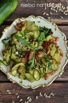 Przepisy obiadowe DIY Craft Ideas diy craft ideas for room decor Lunch Recipes, Diet Recipes, Chicken Recipes, Cooking Recipes, Healthy Recipes, Greens Recipe, Calories, Kitchen Recipes, Food Inspiration