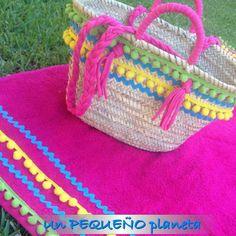 summer time Sacs Tote Bags, Diy Tote Bag, Crochet Dreamcatcher, Diy Sac, Summer Bags, Summer Time, Boho Bags, Basket Bag, Sewing Accessories