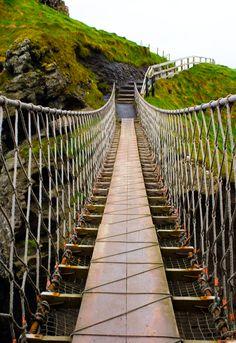 Northern Ireland Travel: Belfast, Game of Thrones, Titanic, City Tour..