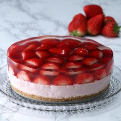 Been wanting punch bowl cake so bad. Old Family Recipes: Southern Style Strawberry Pineapple Trifle Strawberry Layer Cakes, Lemon Layer Cakes, Strawberry Desserts, Strawberry Cheesecake, Cheesecake Recipes, Cookie Recipes, Dessert Recipes, Vegan Recipes, Dinner Recipes