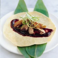 Chinese Recipe: Crispy Aromatic Duck with pancakes and hoisin sauce