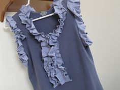 Tutorial - Nothing to Wear: T-Shirt Refashion by Twelve Crafts Till Christmas