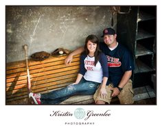 Baseball engagement photos. Must find a man that loves it as much as I do.