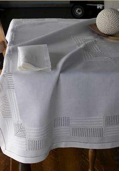 Léron | Spirit Collection| Bespoke Table Linens