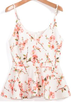 To find out about the Apricot Spaghetti Strap Florals Peplum Hem Cami Top at SHEIN, part of our latest Tank Tops & Camis ready to shop online today! Cami Tops, White Peplum Tops, White Tank, Moda Floral, Peplum Shirts, Casual Outfits, Fashion Outfits, Look Chic, Floral Tops