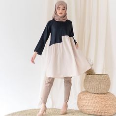 Hijab Casual, Hijab Chic, Hijab Outfit, All About Fashion, I Love Fashion, Fashion 2020, Womens Fashion, Hijab Fashion, Fashion Dresses