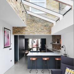 Don't Move Improve 2017 shortlist reveals London's best house extensions hennessy-house-paul-archer-design-dont-move-improve-architecture-residential_dezeen_sq Rustic Kitchen Decor, Home Decor Kitchen, Kitchen Design, Kitchen Interior, Glass Extension, Rear Extension, Extension Ideas, Side Return Extension, House Extension Design