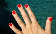 shellac manicure on short nails