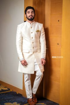 Timeless Captured Memories For The Most Memorable Day of Your Life! Wedding Dress Men, Wedding Men, Mens Kurta Designs, Social Media Apps, Bride And Groom Pictures, Groom Poses, Indian Gowns, Groom Wear, Sherwani
