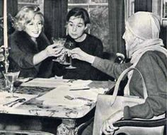 Marilyn with Carson McCullers and Baroness Karen Blixen, at McCullers' home, February 5th 1959.
