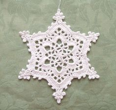 https://flic.kr/p/b8kAaX | Crochet Snowflake | Pattern:  1年中使えるクリスマス&ウィンターパターン100 Thread:  Rich More - Suvin Gold Hook size:  US 6~7 (1.75mm)