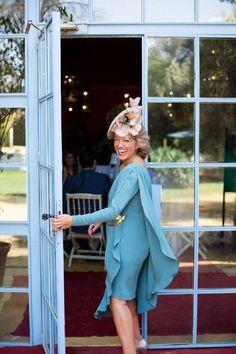 Stylish mum of the Groom (or the bride! Wedding Hats, Wedding Dresses, Courses Hippiques, My Fair Lady, Wedding Looks, Mother Of The Bride, Wedding Styles, Marie, Pantone