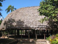 Fale O'o (family house) in the Samoa village