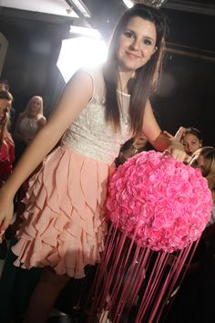 Ceremonia cintas, cumple 15 de Abril! Flower Ball, Ideas Para Fiestas, Tulle, Party, Fashion, 15 Years, Dresses, Paper Party Decorations, Pink Parties