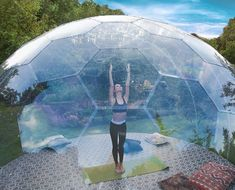 AURA Dome - transparent and frameless dome Nakagin Capsule Tower, Roof Dome, Bubble House, Dome Structure, Geodesic Dome Homes, Dome Greenhouse, Eco Buildings, Dome Ceiling, Dome House