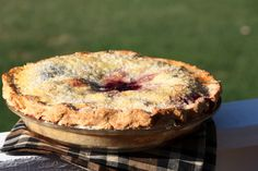 Homemade Blackberry Pie Recipe with good instructions for the crust