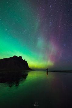 """""""Il cacciatore di aurore"""" - Stockness, Islanda - Foto scattata da Andrea Celli con α7R II e SEL1635Z di Sony.      Pagina Facebook: https://www.facebook.com/andreacelliph 500px: https://500px.com/andreacelli"""