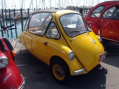 Microcar 'Henkel Kabine' in Constance, Germany Bmw Isetta, Microcar, Kabine, Have You Ever, Classic Cars, Automobile, Germany, Vehicles, Travel Photography