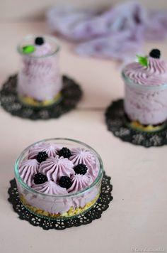 Cheesecakes de amora e mascarpone | SAPO Lifestyle