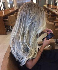Blond of Angels / Bruna Barros #hair #surfista #mechas #loiras #praia #cabelo #longo #comprido #BlondofAngels