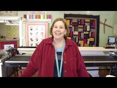 Look What You Can Do With One Tiny Dessert Roll! Jenny Doan Tutorials, Msqc Tutorials, Quilting Tutorials, Quilting Tips, Quilting Projects, Missouri Star Quilt Tutorials, Small Quilts, Quilt Making, Fence Painting