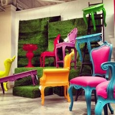 I need the pink and real chairs!