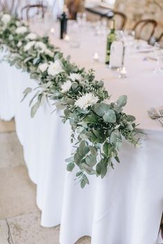 Table Flowers Swag Garland White Greenery Foliage Sweet Peas Fern Healey Barn Wedding Amy Lou Photography #Flowers #swag #garland #table #White #Greenery #Foliage #wedding