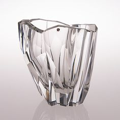 A 'Iceberg' vase signed Tapio Wirkkala, - Bukowskis Glass Design, Design Art, Love Decorations, Crystal Glassware, Jouer, Scandinavian Design, Product Design, Vases, Glass Art