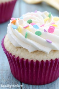 yield: 8 Moist white cupcakes with silky vanilla buttercream frosting recipe from Perfect for birthdays and celebrations of all kinds! Frosting Recipes, Cupcake Recipes, Baking Recipes, Cupcake Cakes, Dessert Recipes, Cup Cakes, Köstliche Desserts, Sweet Desserts, Sweet Recipes