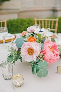 wedding centerpiece idea; featured photographer: Onelove Photography