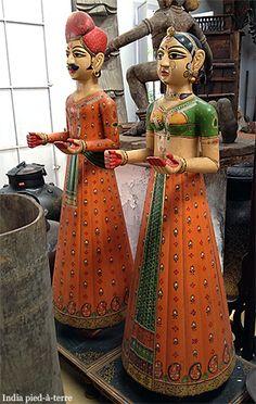 Shopping in Cochin (Kochi) India. #wanderingsole