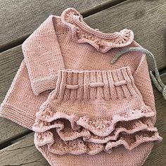 Ravelry: ajroldi's Mutandine vezzose Source by myriambonneu Ravelry, Baby G, Baby Love, Baby Outfits, Style Baby, Baby Sleepers, Sock Toys, My Little Baby, Baby Socks