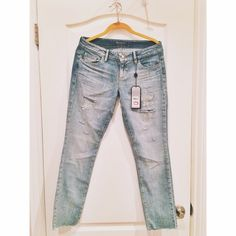 guess jeans desert flower kate ankle cut-off. never has been worn! Guess Jeans