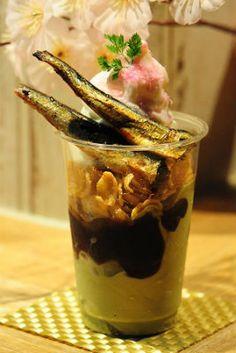 イワシの生姜煮+パフェ 奇抜な「桜といわしのパフェ」京都水族館に登場 - ねとらぼ