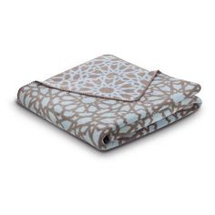 The Bocasa World Affairs Casa collection of premium cotton-blend blankets is inspired by the modernism and Moorish architecture of Barcelona. Geometric designs and cool tones combine with exceptional German craftsmanship to create a warm, breathable everyday blanket. Time for a siesta!