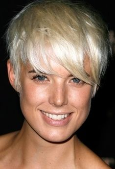 Agyness Deyn and her short hairstyle!