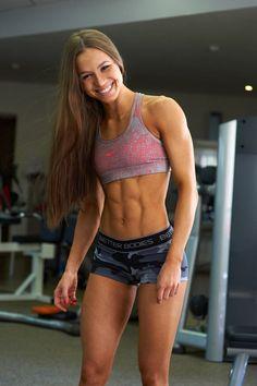 Female Form  #StrongIsBeautiful  #Motivation  #WomenLift2   Elizaveta Mukminova