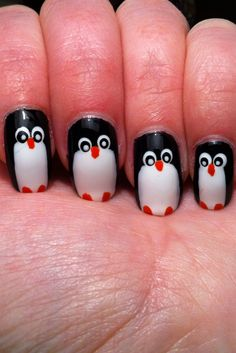 Little Miss Nailpolish: Penguin nails for NailArt Sunday - swatches and tutorial