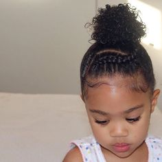 Get inspired by these stunning pictures of little girl hairstyles. From cute and easy looks to more complex designs, meet your new favorite styles. Black Toddler Hairstyles, Little Girls Natural Hairstyles, Kids Curly Hairstyles, Black Hairstyles, Office Hairstyles, Anime Hairstyles, Stylish Hairstyles, Hairstyles Videos, Hairstyle Short