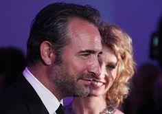 Regardez comment Jean Dujardin et Alexandra Lamy font la fête à Cannes