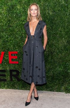 Pin for Later: You Won't Believe How Much These Top Models Earned in 1 Year Carolyn Murphy: $4.5 Million