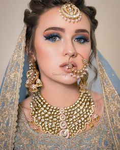 Light Blue Metallic eye makeup for the wedding. makeup indian 13 Eye Makeup Colors that are Perfect for a Peppy Summer Bride Bridal Makeup Images, Bridal Eye Makeup, Bridal Makeup Looks, Bride Makeup, Bridal Beauty, Wedding Beauty, Pakistani Bridal Makeup, Indian Bridal Outfits, Bridal Dresses