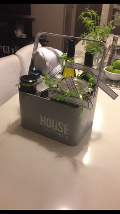 1000 images about house warming gifts on pinterest for What makes a good housewarming gift