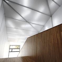 Seu University of La Nucia by CrystalZoo #Architecture